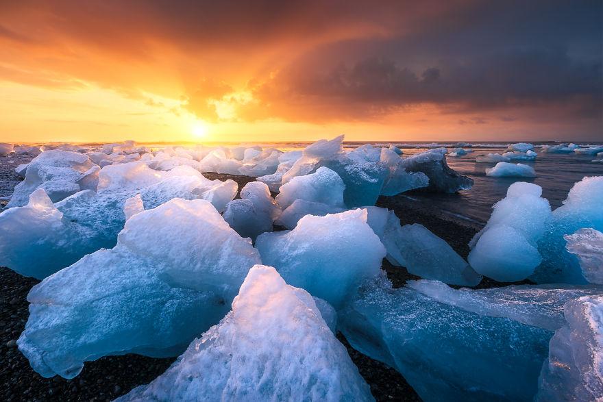 6. Исландия.