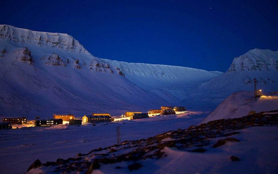 1. Марафон в полярную ночь.