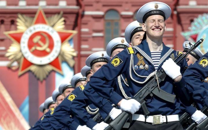 22. 9 мая в Москве выдалось теплым и солнечным.