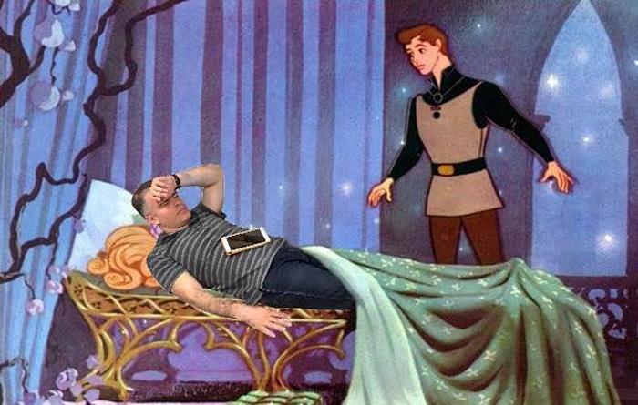 12. И в роли спящей красавицы...