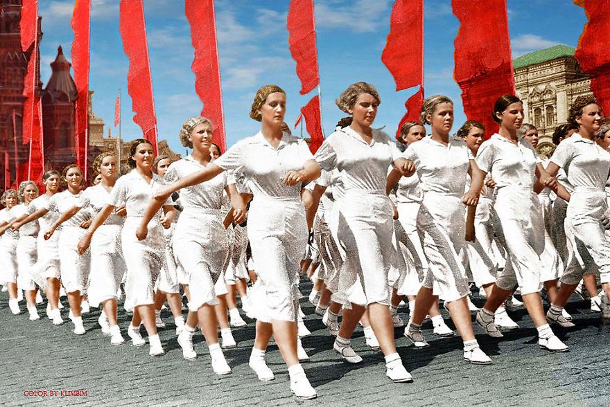 14. Парад физкультурников на Красной площади, 1937 год.