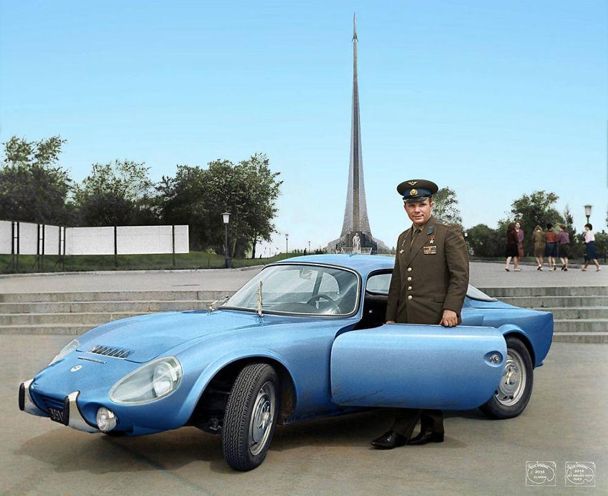 4. Юрий Гагарин и его Matra-Bonnet Jet VS Coupe, 1965 год.