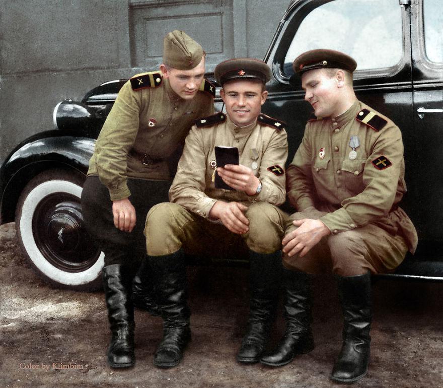 41. Солдаты противотанковой артиллерии, 1943 год.