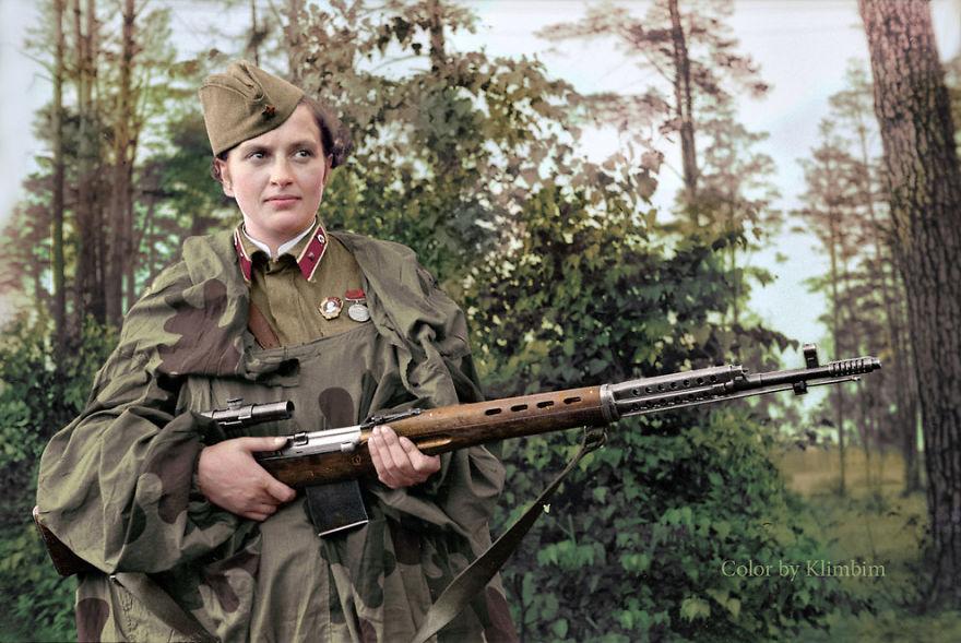 5. Людмила Павлюченко, советский снайпер времен Первой мировой войны, имевшая на своем счету 309 смертельных попаданий в солдат и офицеров противника. 1940 год.