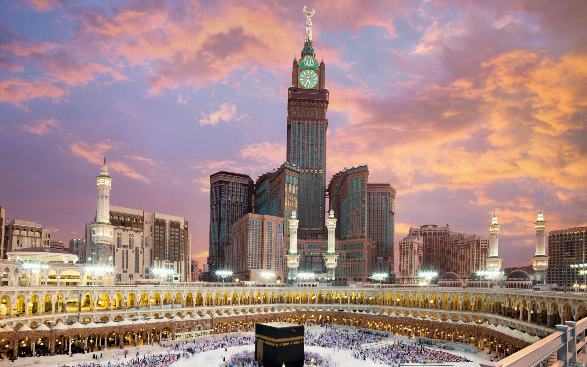 18. Абрадж аль-Бейт (Мекка, Саудовская Аравия) - 601 метр.