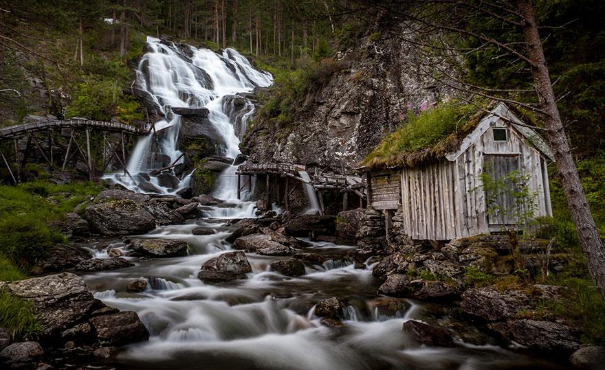 10. Водопад Кведнафоссен, Норвегия.