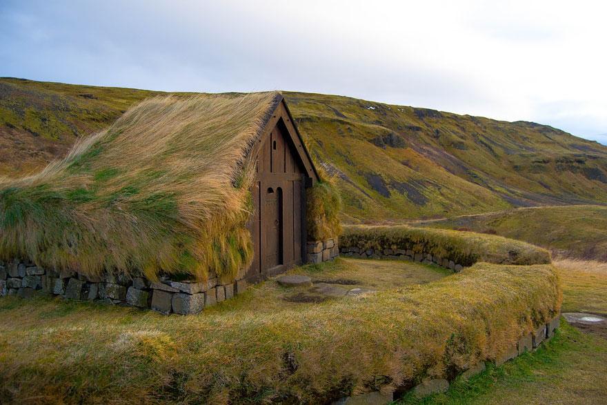 2.Тьоурсаурдалур, Исландия.