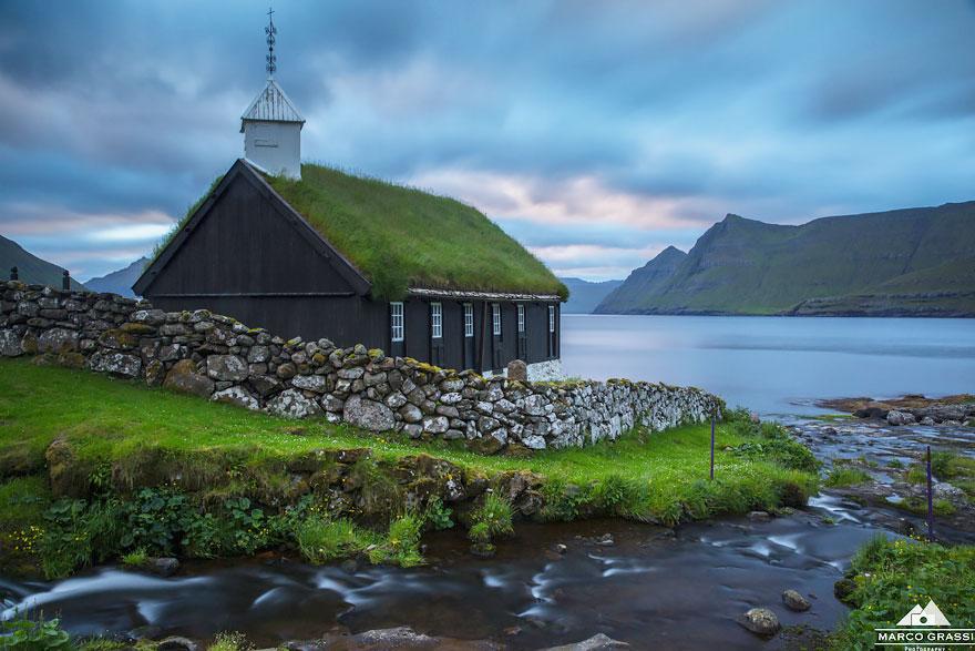 8. Церковь в Фунингуре, Фарерские острова.