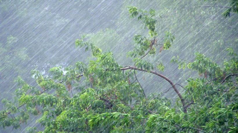 14. Под ударом стихии может оказаться и Оренбуржье. Синоптики уже призывают готовится к разгулу стихии.