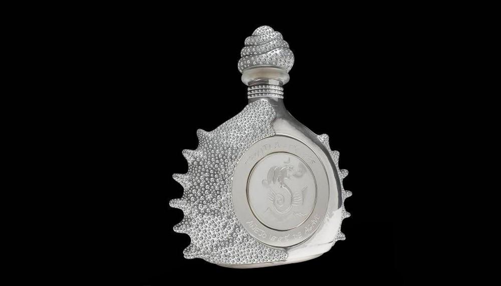 12. Pasión Azteca, Platinum Liquor Bottle by Tequila Ley – $3 миллиона