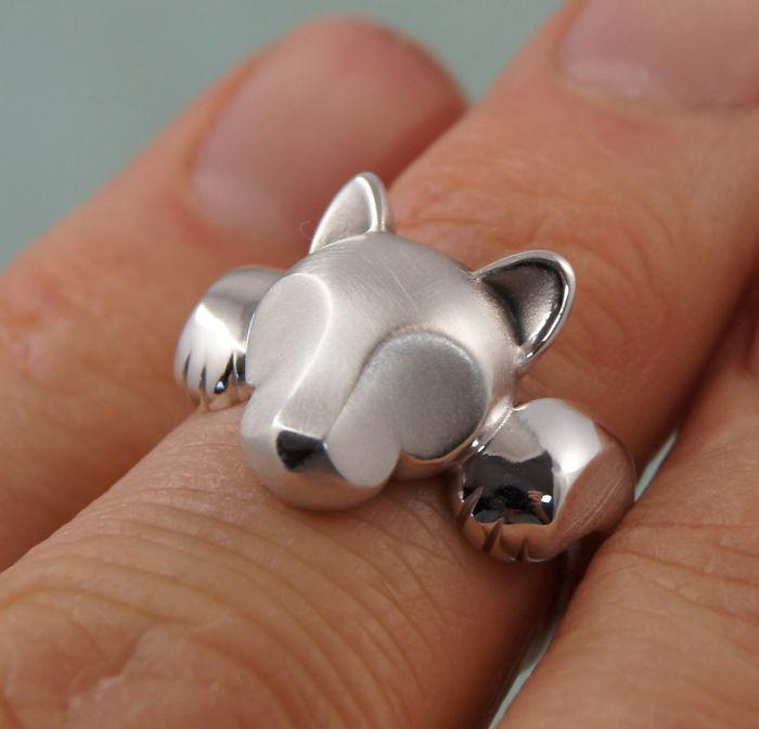 5. Великолепное кольцо с пумой из серебра.