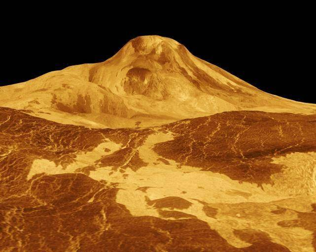 5. Посмотреть на потоки лавы на Венере.