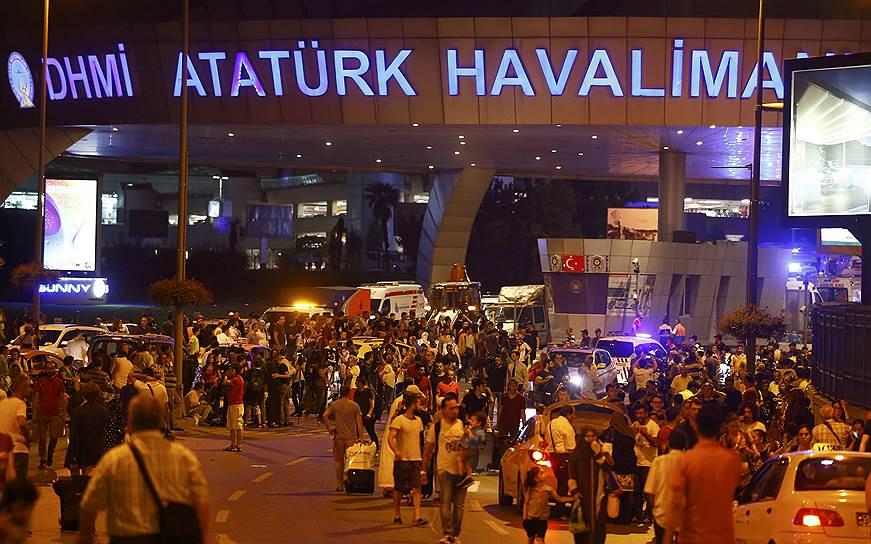 17. В настоящий момент все страны мира, включая Россию, не рекомендуют Турция в качестве туристического объекта.
