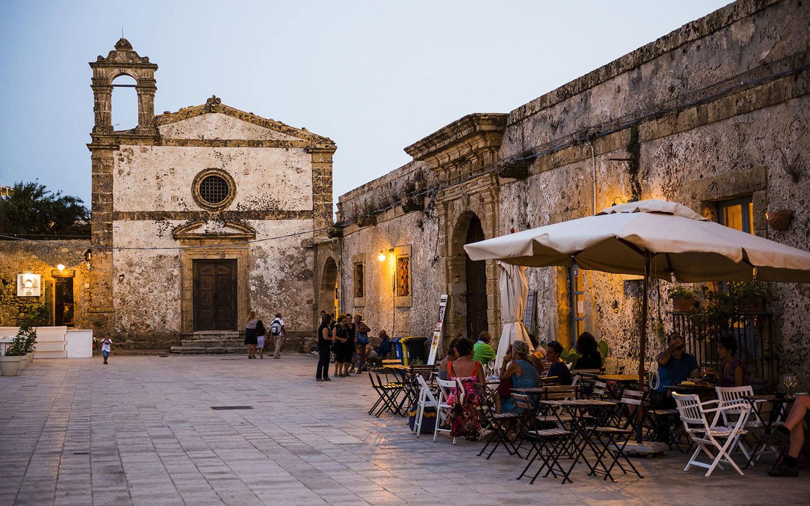 8. Сицилия, Италия.