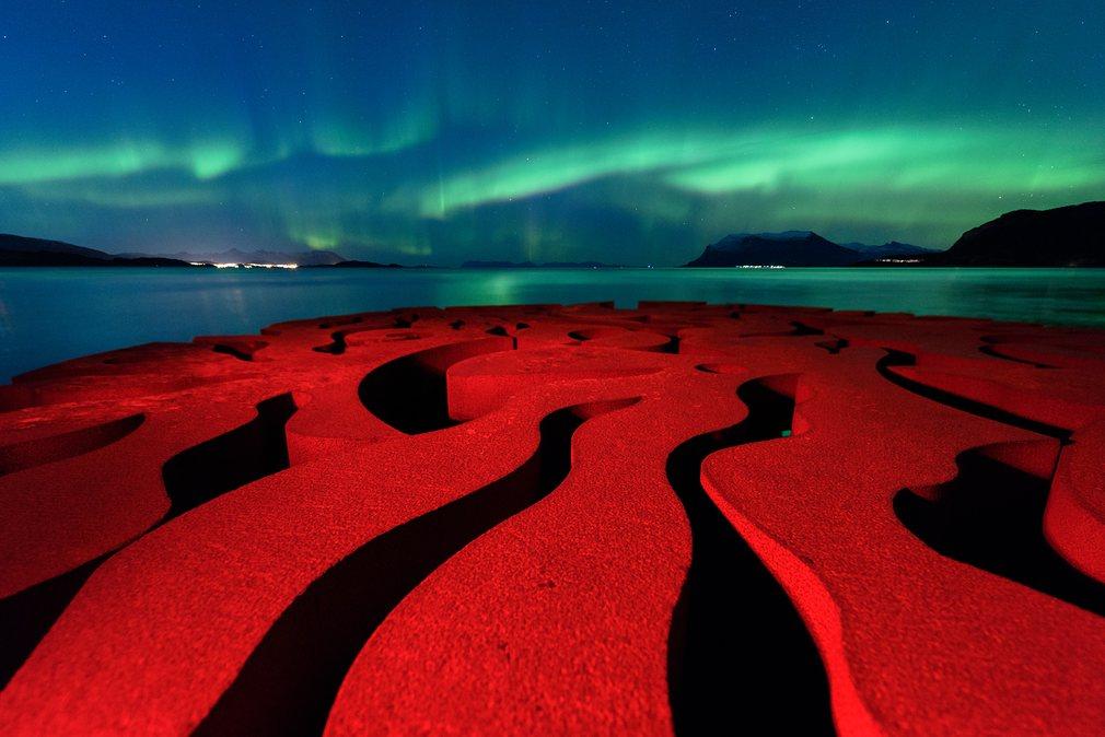 13. Rune Engebø (Норвегия) – Seven Magic Points. Seven Magic Points является скульптурой в Норвегии.
