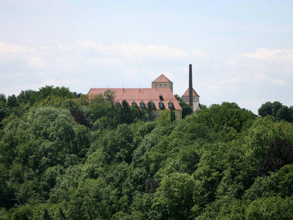 5. Основанная в 1040 году пивоварня Вайенштефан, расположенная за пределами Мюнхена в Германии, является самой старой пивоварней в мире.