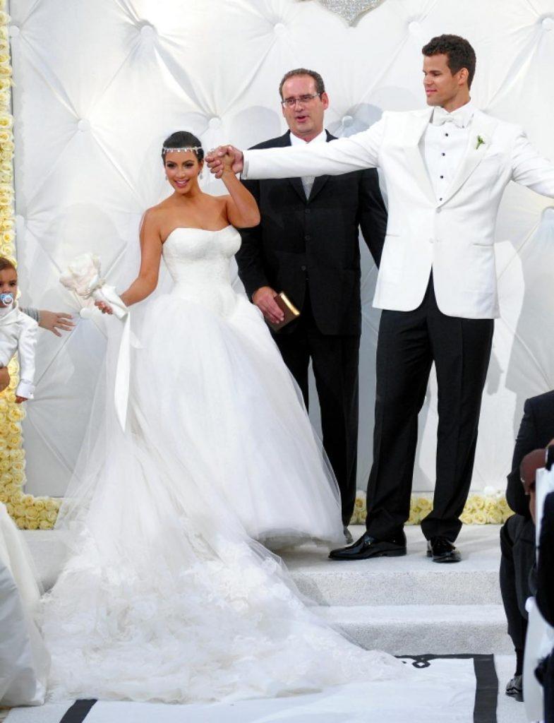9. Ким Кардашьян и Крис Хамфрис ($ 10 миллионов). И снова Ким Кардашьян, но на этот раз с ее бывшим мужем.