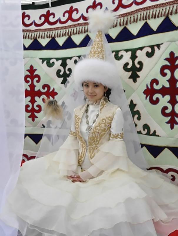 5. Казахская невеста.