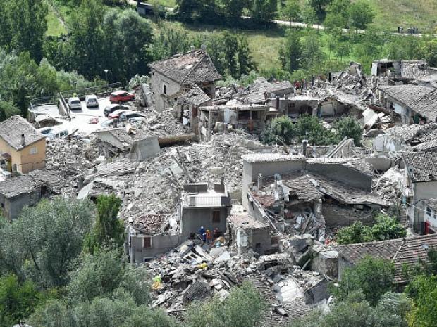 5. Город Пескара-дель-Тронто после землетрясения.  (Джузеппе Беллини / Getty Images)