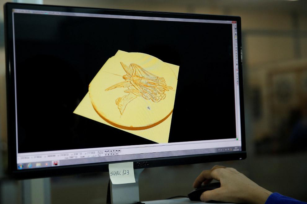 1. Перед созданием готовой медали, делается ее модель на компьютере.