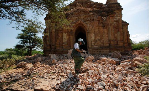 4. Землетрясение произошло в среду.  5. Сейчас власти Мьянмы оценивают ущерб.