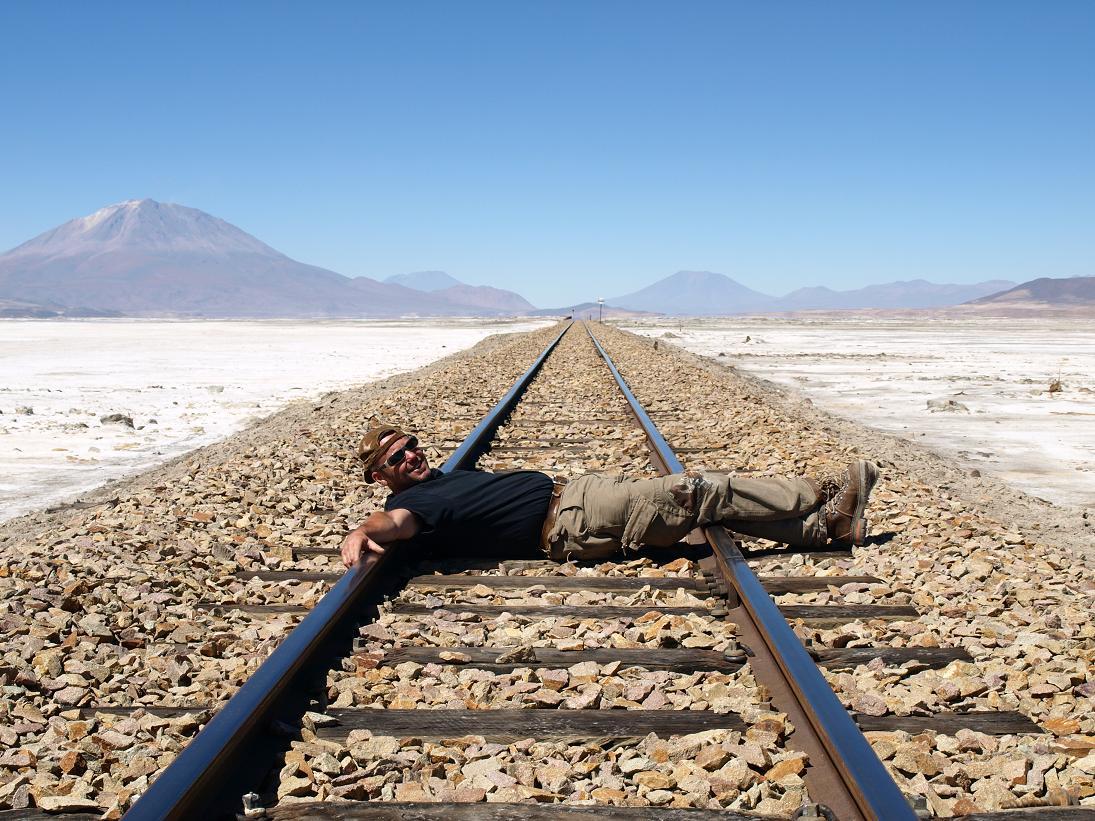 6. Рядом с отелем проходит железная дорога, по которой когда-то возили соль.