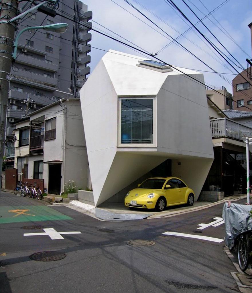 3. Миниатюрный жилой дом в Токио.