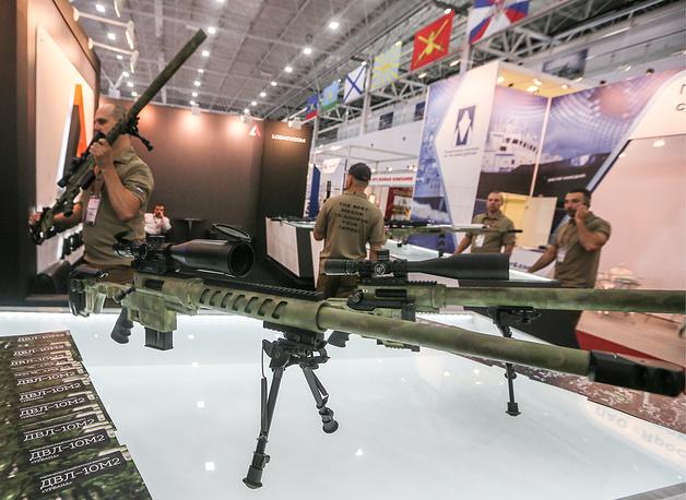 8. Снайперская винтовка ДВЛ-10 М2 Урбана.