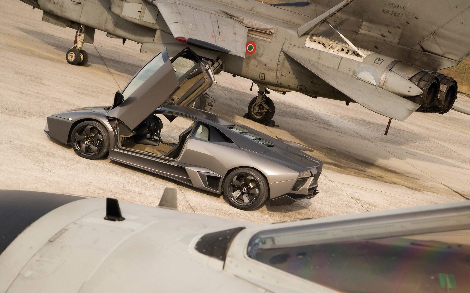 6. Lamborghini Reventon.