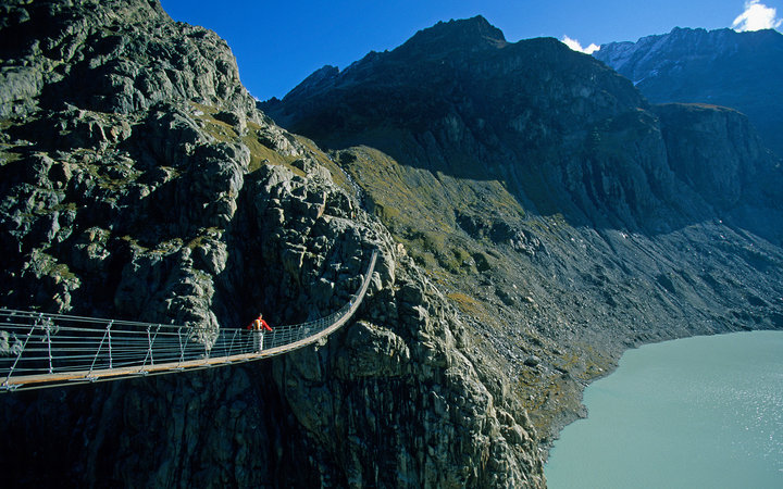 2. Мост Трифт, Швейцария.