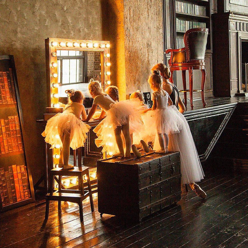 2.Будни маленьких балерин. Фотография: @lenarakorneeva.