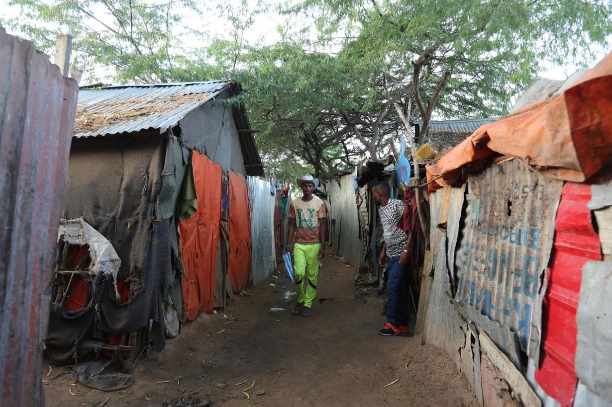 5. «В сомали жизнь жестокая. Часто мы слышим стрельбу и взрывы», говорит Нур.