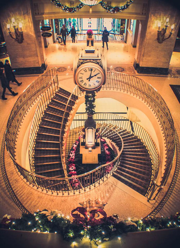 11. Удивительно красивая лестница.