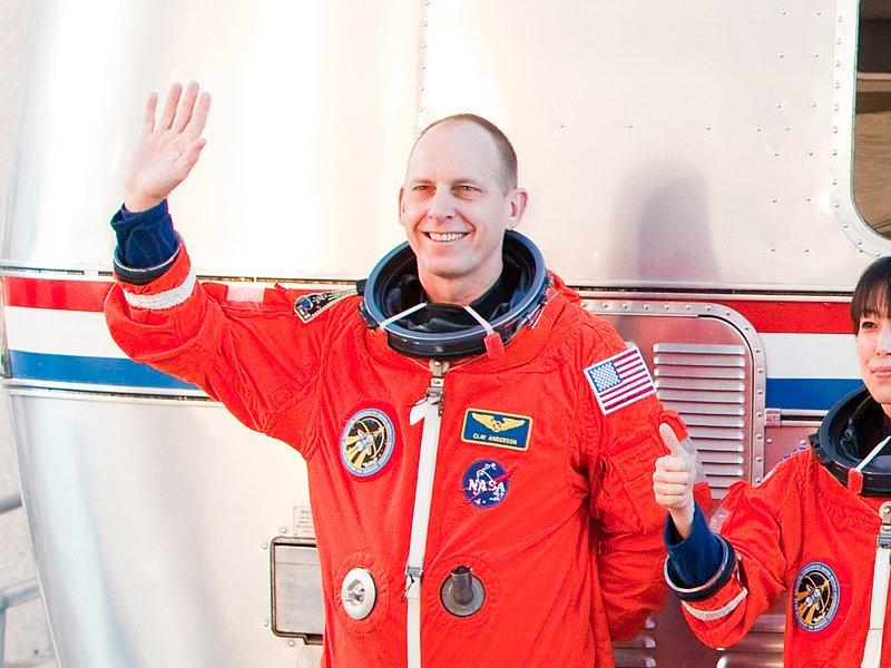 11. Инженер в области аэрокосмической техники Клейтон Андерсон 15 раз был отвергнут НАСА, прежде чем отправился в космос.