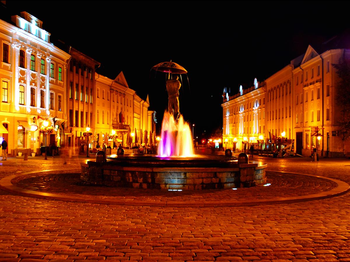 7. Тарту, Эстония. Красивый город, второй по величине город в Эстонии. Именно там находится знаменитый Тартуский университет. Как и в Таллине, жизнь в Тарту очень дешевая.