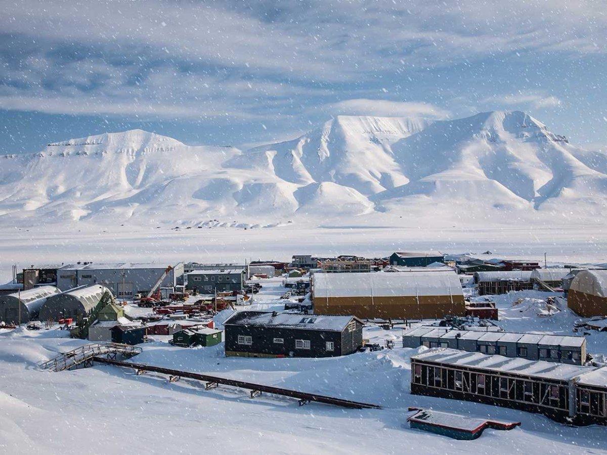 3. Хранилище находится на высоте 130 м. над уровнем моря и защищено от влаги.