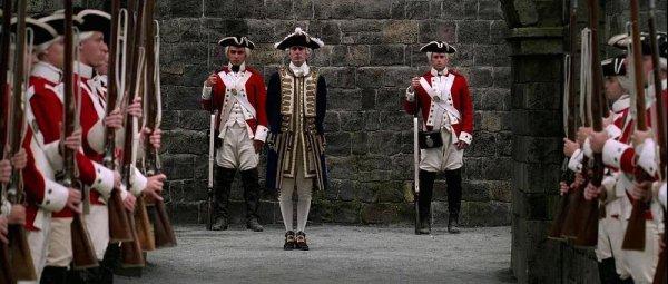 3. В Пиратах Карибского моря солдаты королевского флота носят униформу введенную в 1747 году, но действие фильма происходит между 1714-1727.