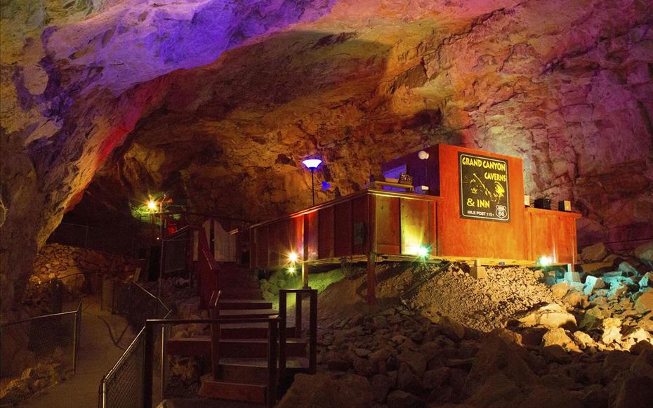 4. The Grand Canyon Caverns, Пич Спрингс, США.