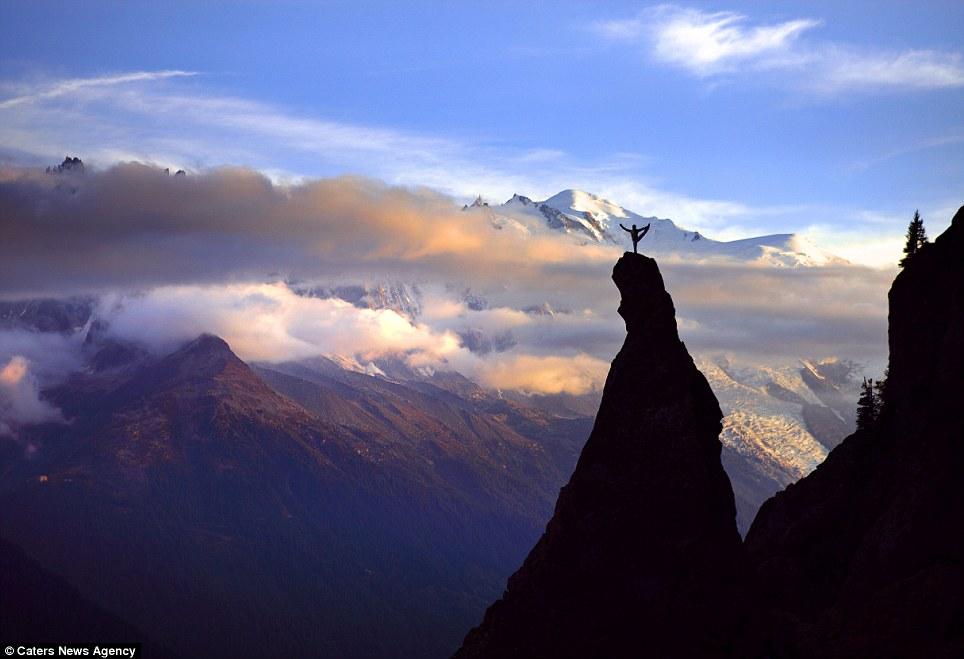 7. Йога на природе.