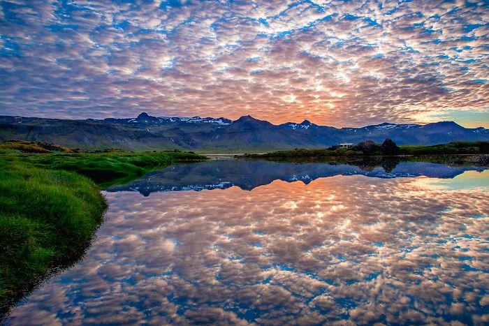 11. Озеро в Исландии.