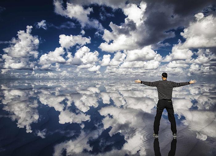 8. Прогулка в облаках.