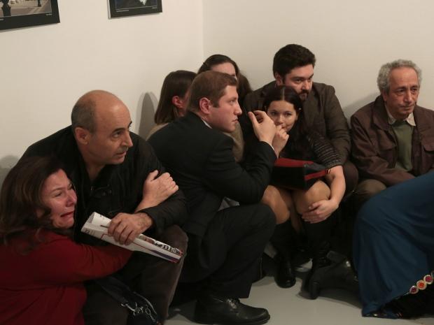 1. На фотовыставке «Россия глазами турок» которая проходила в Анкаре ворвался вооруженный мужчина, который застрелил российского посла в Турции Андрея Карлова.