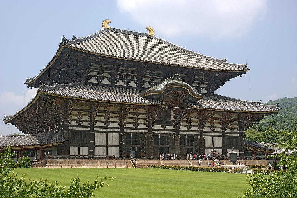 15. Храм Тодай-дзи – самое большое деревянное здание. Нара, Япония.
