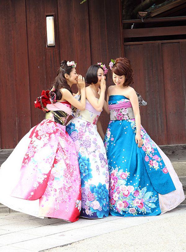 3. Фурисодэ, как правило, имеет яркие цвета и красивые узоры, оно прекрасно подчеркивает молодость и женственность.