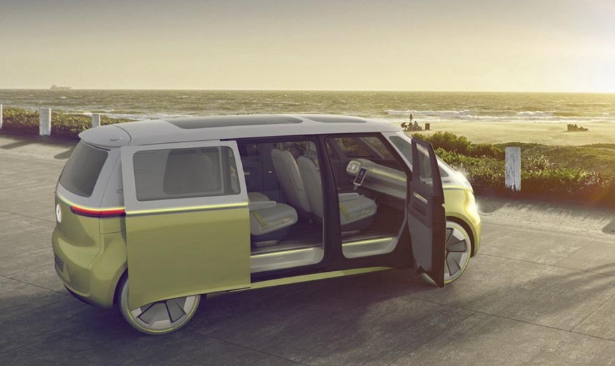 2. Дизайн автомобиля основан на популярной в 60-х годах модели Volkswagen Type 2 (Microbus).