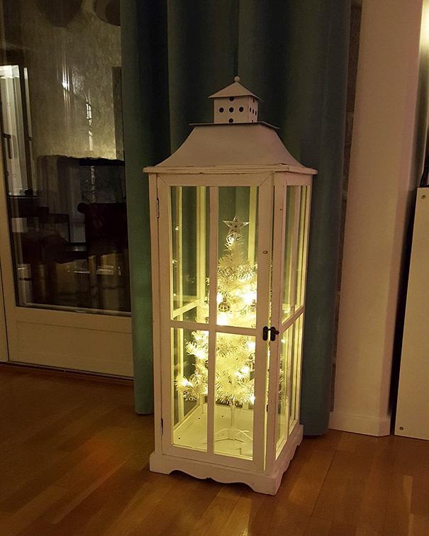 3. А вот это по-настоящему красивый и оригинальный новогодний фонарик.