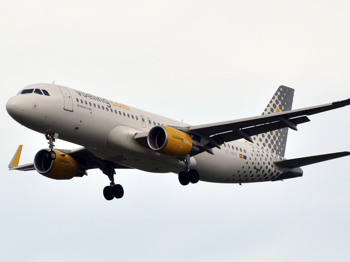 9. Основанная в 2004 году, Vueling сегодня является крупнейшей бюджетной авиакомпанией в Испании.