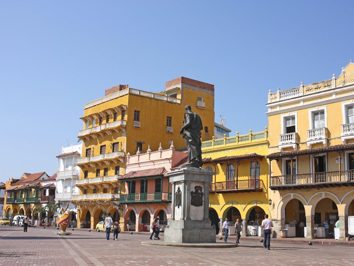 10. Колумбия сократила свою налоговую ставку до 69,7%, но она по-прежнему остается одной из самых высоких в мире.