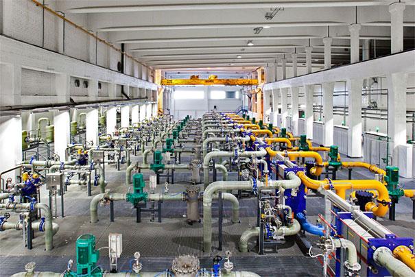 7. Одна из охлаждающих установок, берущая воду из Финского залива.