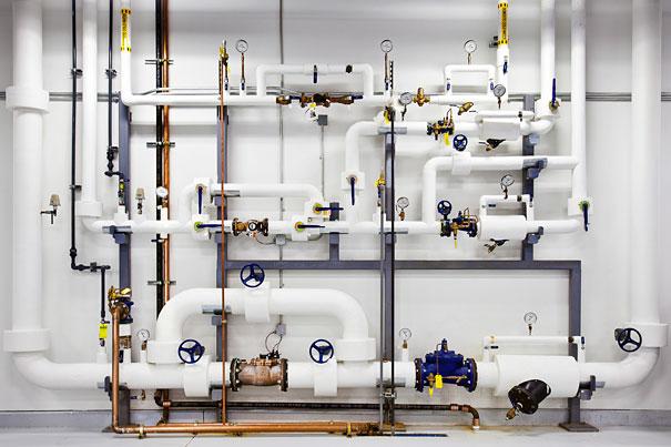 9. В случае пожара произойдет подача воды под давлением. Вода очищается и фильтруется, что исключает загрязнения.